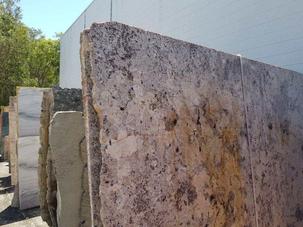 Granite - Alaska White